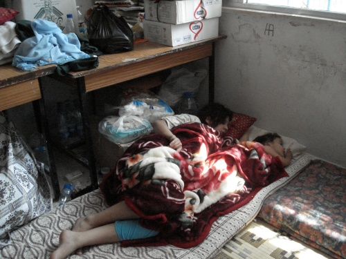 palestinians from nahr el bared sleep in unrwa school in baddawi refugee camp 2007