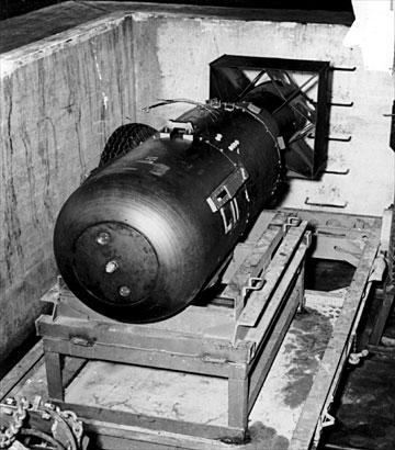 mordechai vanunu's photograph a nuclear weapon of the zionist entity